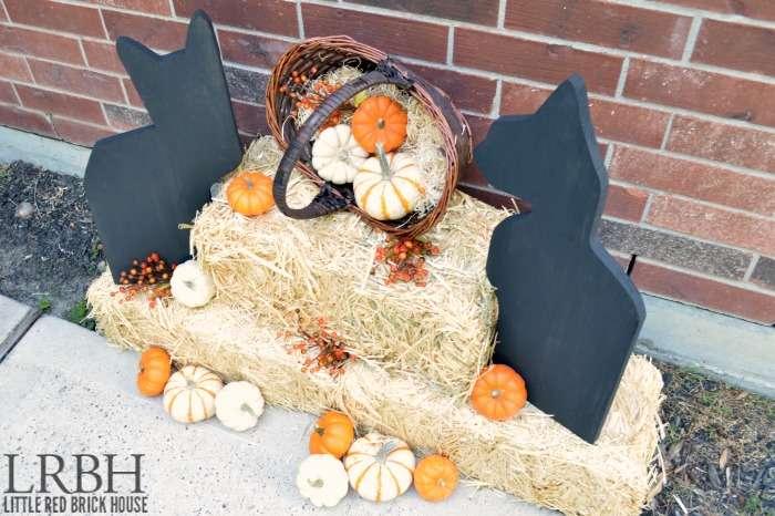 Wooden Black Cat Halloween Decor | LITTLE RED BRICK HOUSE