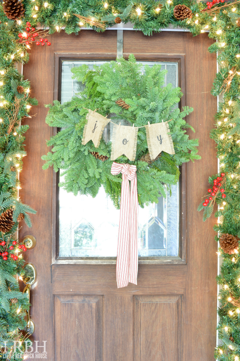 Burlap Banner Evergreen Christmas Wreath | LITTLE RED BRICK HOUSE