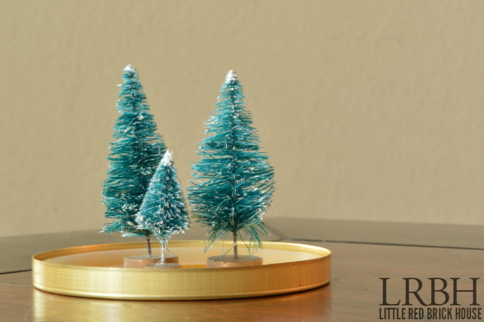 DIY Christmas Snow Globes | LITTLE RED BRICK HOUSE