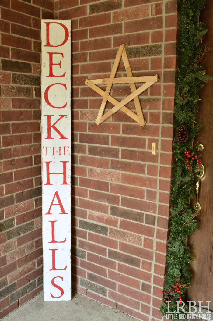 "DIY ""Deck the Halls"" Sign | LITTLE RED BRICK HOUSE"